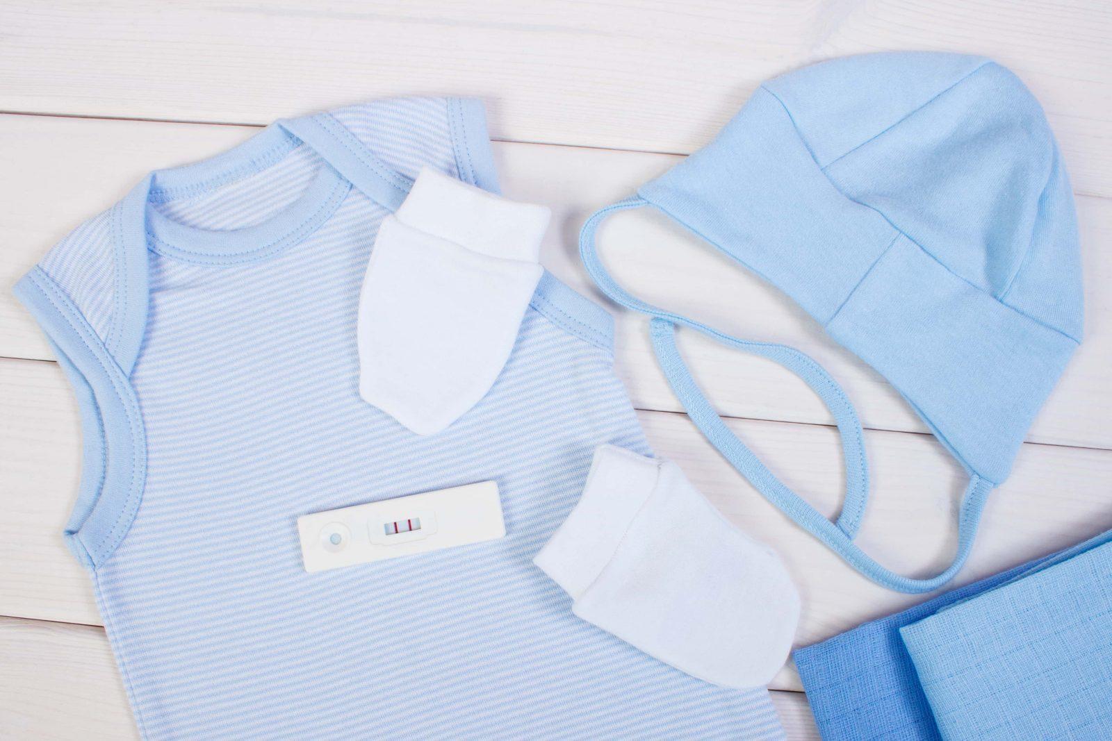 Что нужно купить из одежды для новорожденного