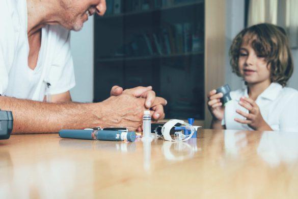 Сахарный диабет у ребенка. Как родитель и учитель могут помочь ребенку адаптироваться среди «чужих»?