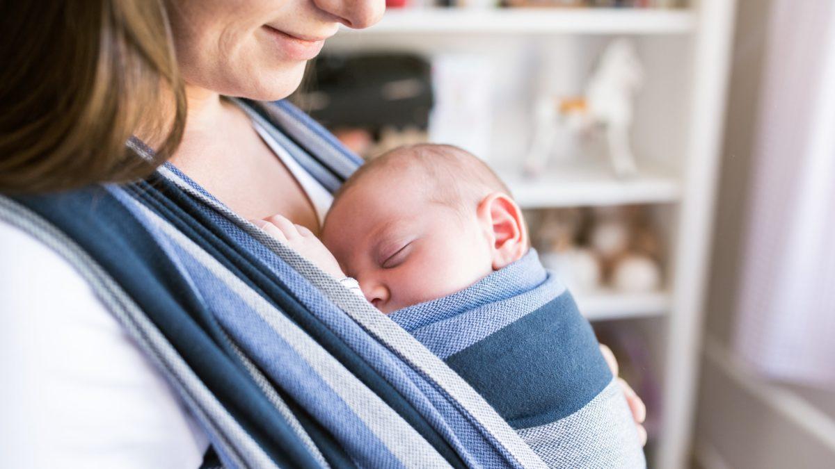 Чем полезен слинг для малыша и мамы.  Как использовать слинг