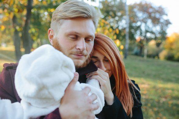 Как встретить из роддома жену с новорожденным малышом?