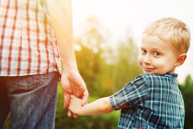 Гиперопека: воспитание – как «заботливая тирания»