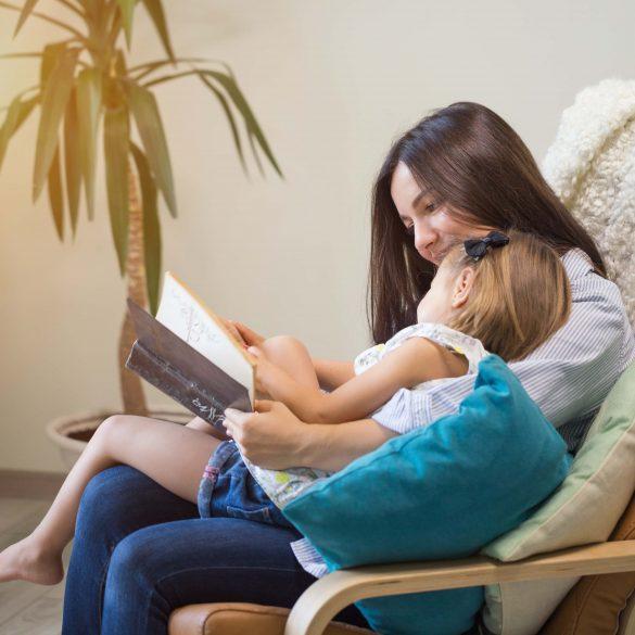 Няня для ребенка: как и где найти настоящую Мэри Поппинс?