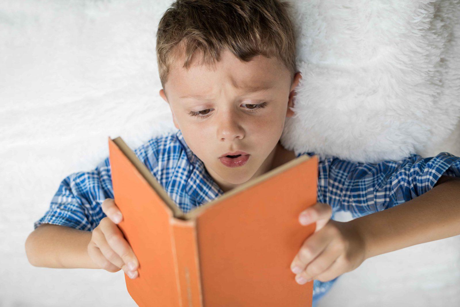 Как сформировать у ребенка интерес к чтению и книгам