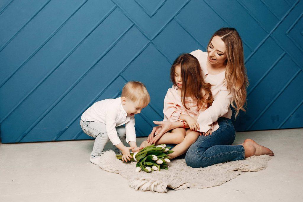 Как подготовить первого ребенка к рождению второго?