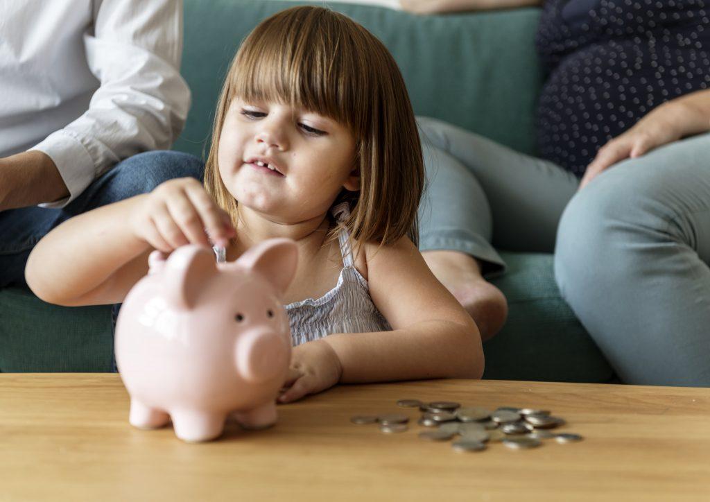 Детский кошелек: давать ли карманные деньги детям