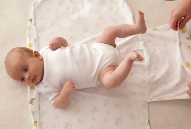 Как запеленать новорожденного в пеленку и не навредить ему