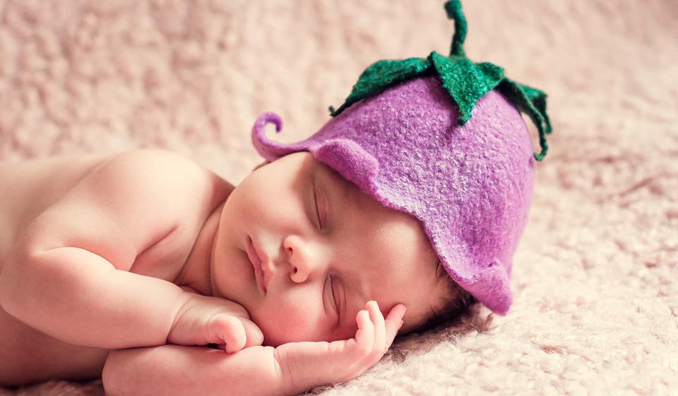 Пупочная грыжа у новорожденных