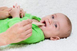 Как избавиться от молочницы во рту у грудничка